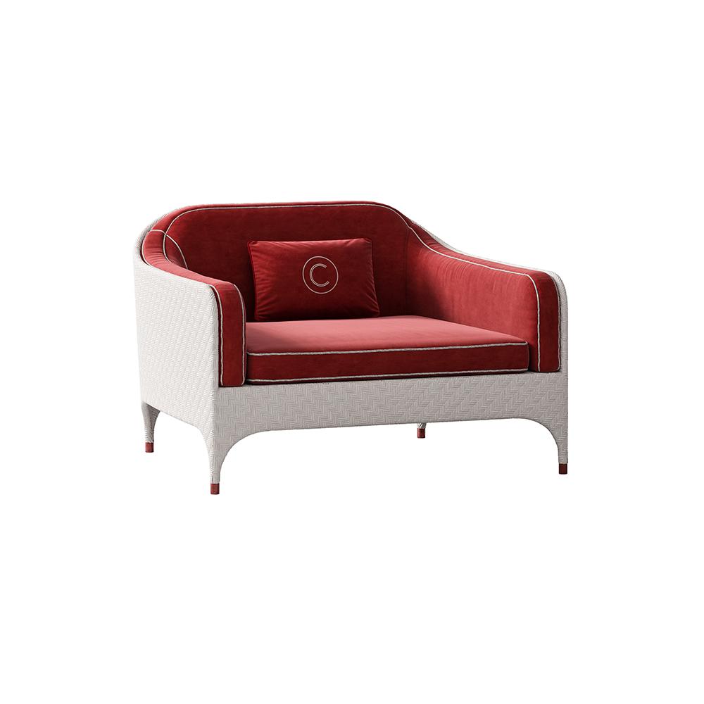 Кресло с подлокотником (фото)