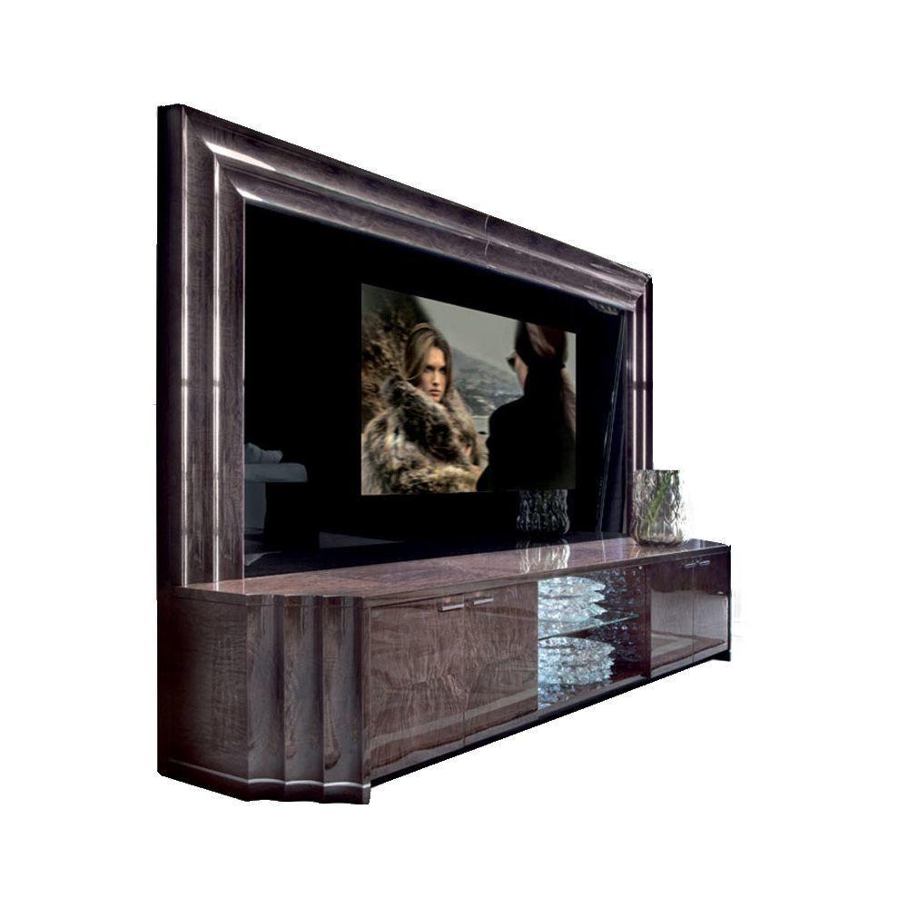 Тумба с большой плазменной ТВ-панелью Absolute (фото)